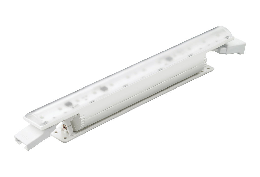 eColor Cove MX Powercore - Premium interior linear LED cove and accent luminaire with solid color light