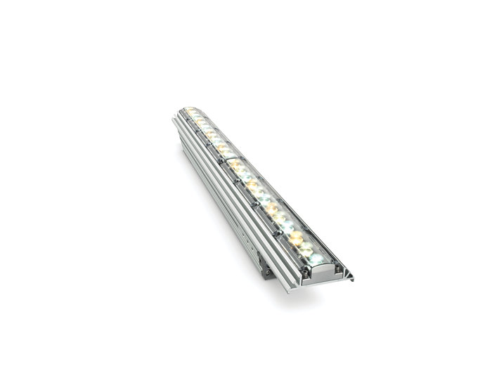 iW Graze MX Powercore architectural fixture, 610 mm (2 foot)