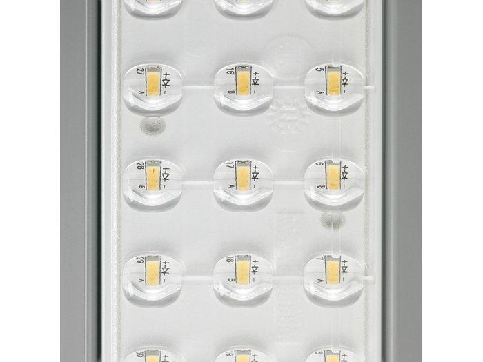 LED-Lichtmodul mit integrierter Optik