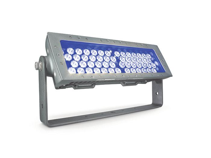 eColor Reach Compact Powercore floodlighting Blue LED fixture