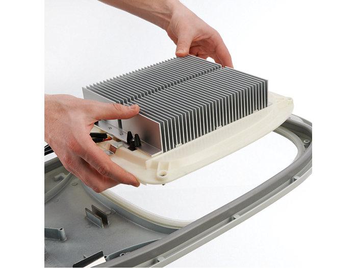Evolutivité aisée d'une version HID vers une version LED (installez le module LED)