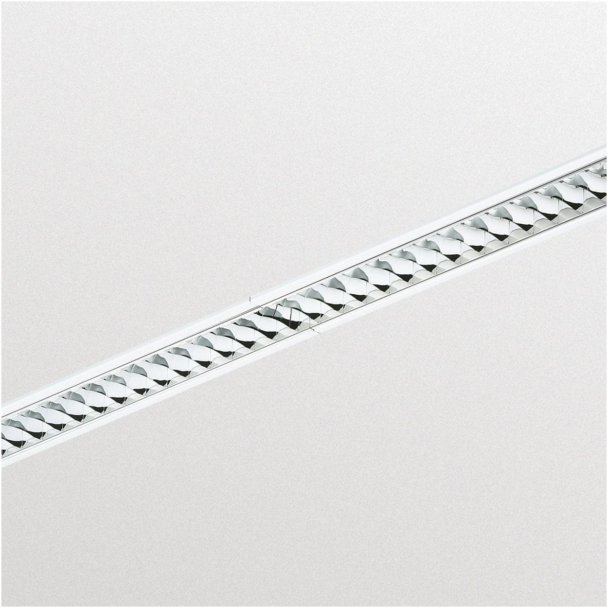 SmartForm – sehr schlanke Lichtbänder mit durchgängigem Lichteindruck