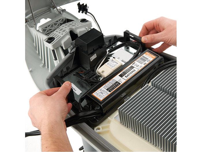 Einfache Umrüstung von konventionell auf LED (Einbau des LED-Betriebsgerätes)