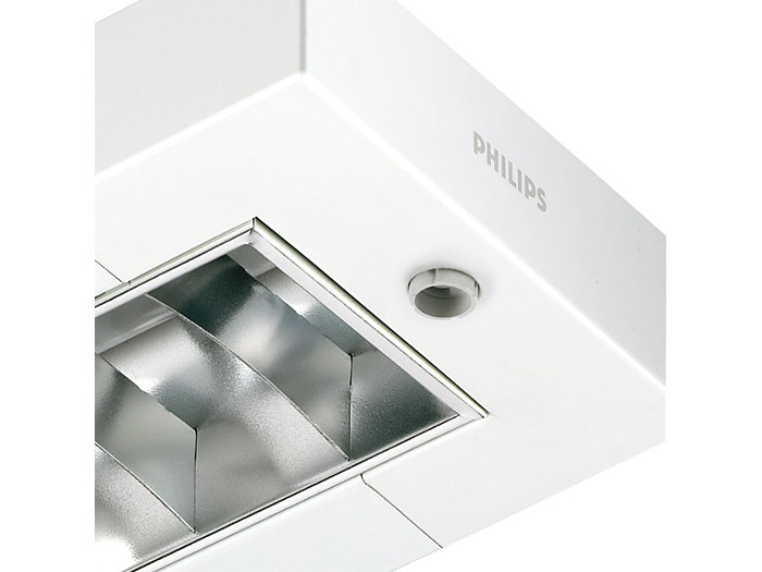 EFix TPS262/TCS260 suspended resp. surface-mounted luminaire with Luxsense daylight controller