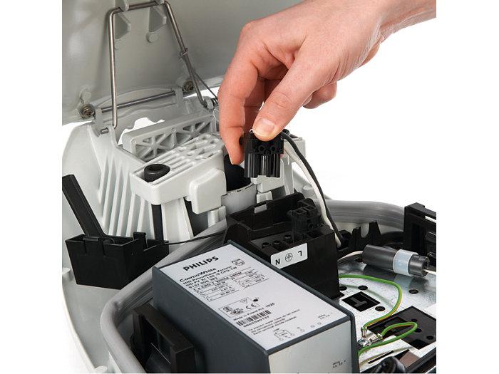 Werkzeugloser Austausch des Elektroblocks (Trennen der elektrischen Verbindung)