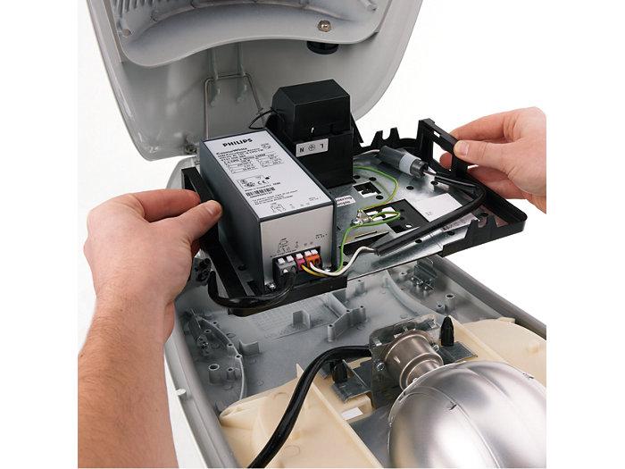 Werkzeugloser Austausch des Elektroblocks (Elektroblock entfernen)