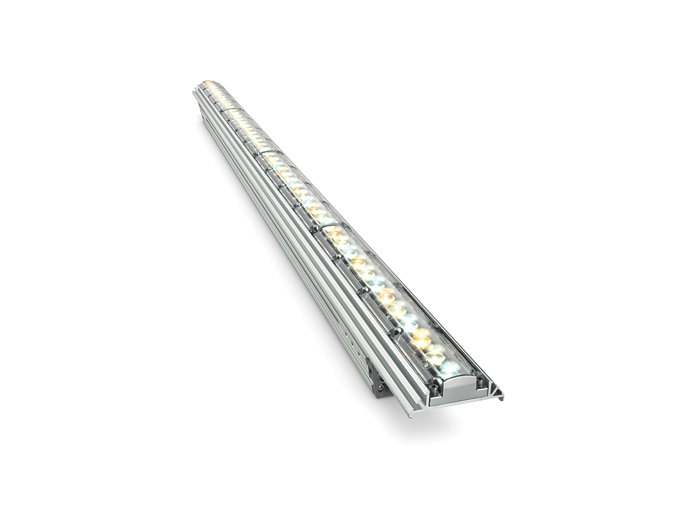 iW Graze MX Powercore architectural fixture, 1219 mm (4 foot)
