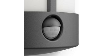 Včetně senzoru pohybu pro pohodlí abezpečí