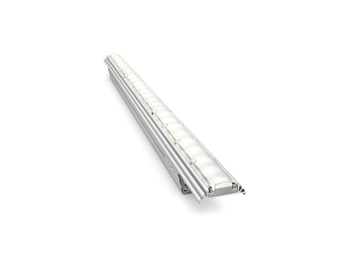 eW Graze EC Powercore architectural fixture, 914 mm