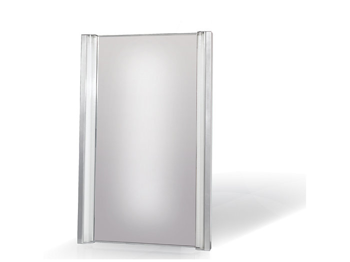 Aesthetic mirror fixture available with 2 lamp T8.