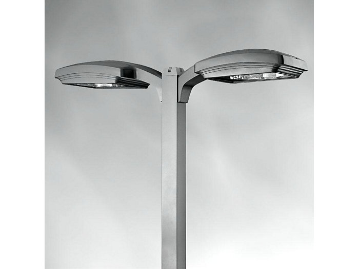 "Gullwing, 18"" Housing, Auto Front Row Horizontal Lamp, 315W MCE"