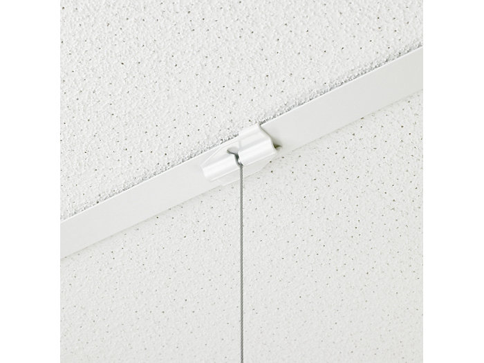Connection with clips to an exposed T-bar ceiling for SP520P and SP522P versions