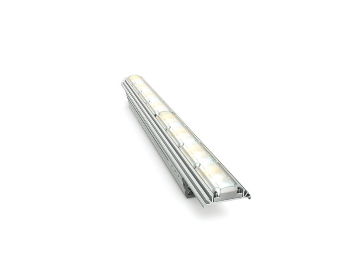 iW Graze EC Powercore architectural fixture, 610 mm (2 foot)