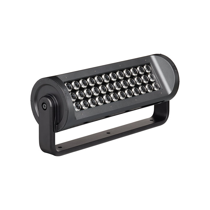 High-performance long-throw exterior LED luminaire with essential color light