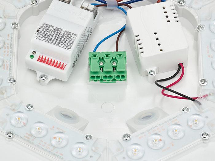CoreLine_Wall-mounted-WL130V-1DPP.TIF