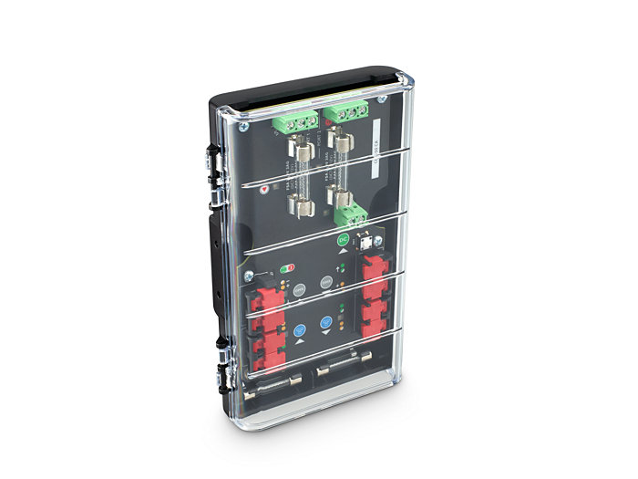 Beauty shot of CM-150 CA Din Rail 3 wire