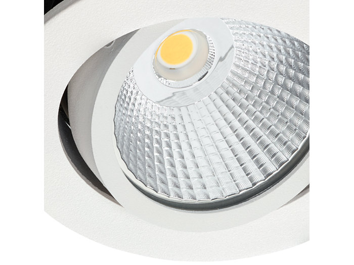 Honeycomb facet reflector for a high-end look