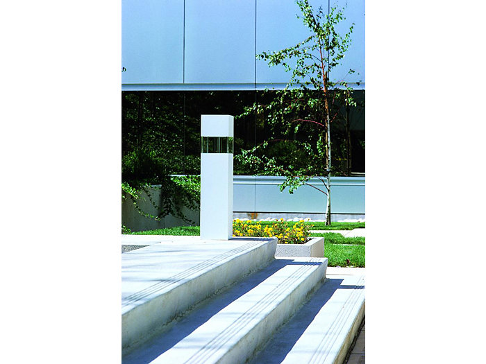 Bollard carré BS700