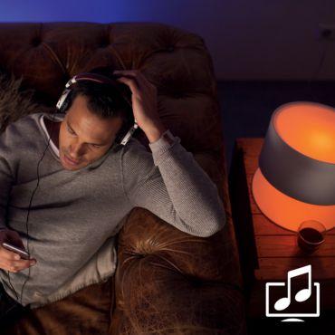 Synchronizuj światło z muzyką i filmam