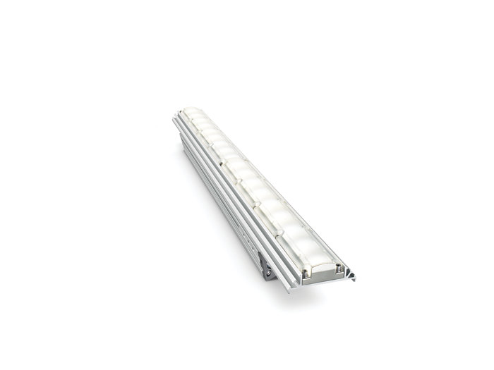 eW Graze EC Powercore architectural fixture, 610 mm