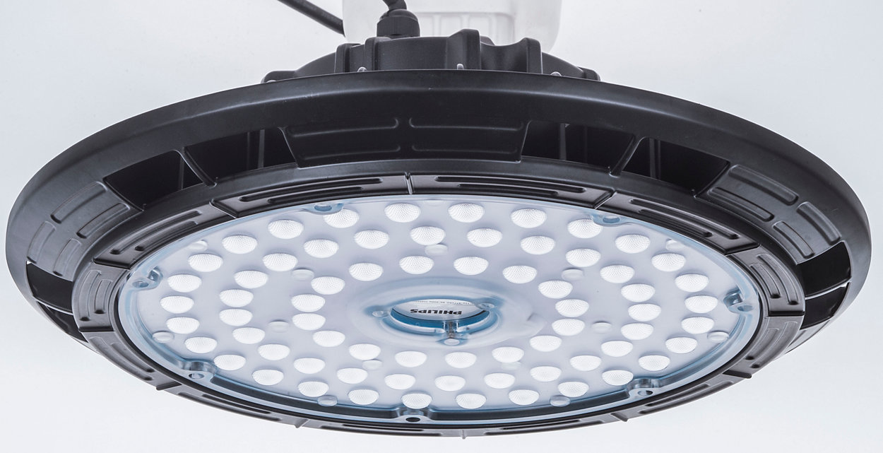 A Essential LED HighBay oferece segurança em primeiro lugar e falhas não é uma opção para uma luminária altamente eficiente.