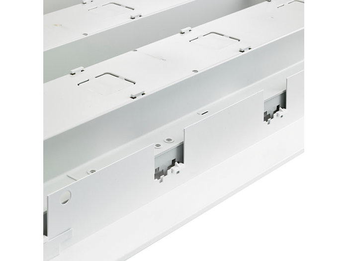 Sistema de iluminación se puede fijar fácilmente con clic en el marco
