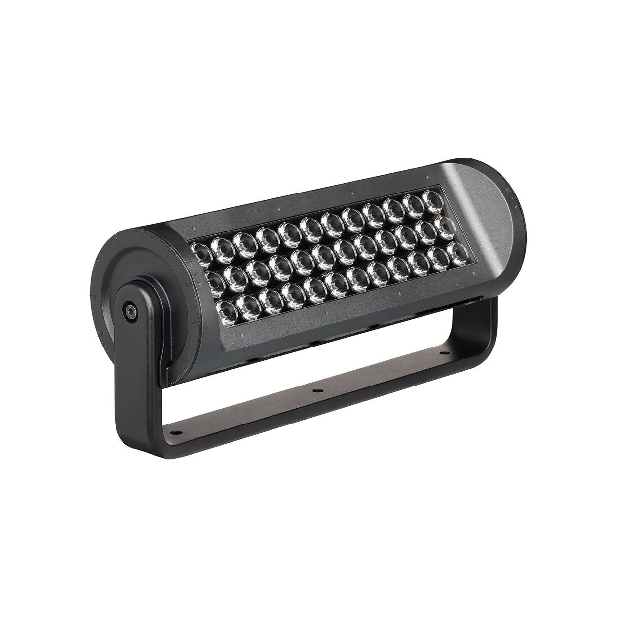 A high-performance long-throw exterior LED luminaire with RGBA or RGBW light