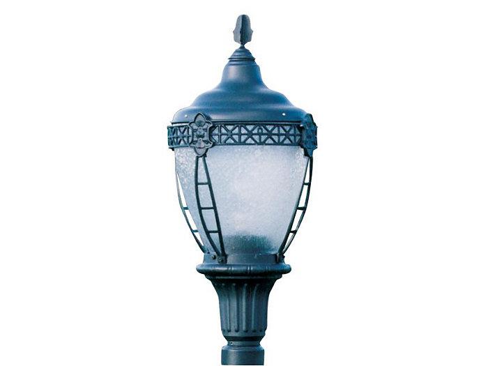 Grosse Pointe, 150W Clear HPS Lamp, Type V Cutoff Reflector